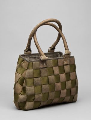 miss-sixty-cluster-bag-in-jungle-green