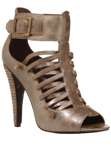 mk-a-olsen-shoe-01